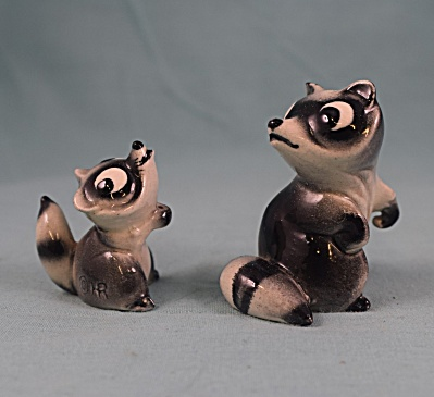 Hagen-renaker Miniature Early Raccoon Ma And Baby