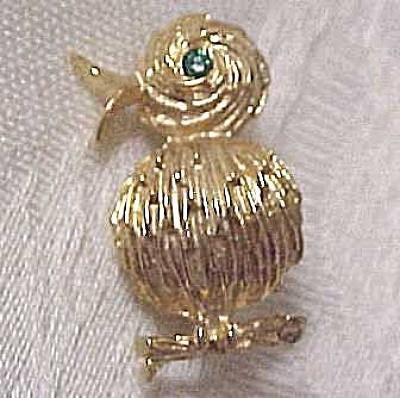Chick Pin (Image1)