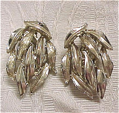 Signed Bsk Clip Earrings