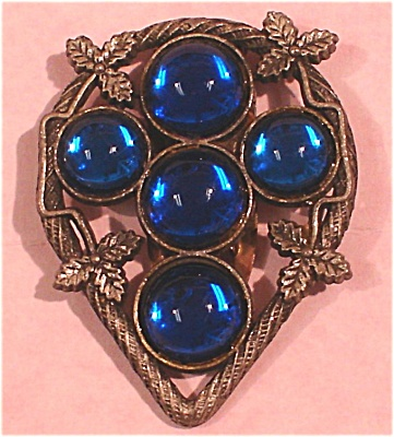 Blue Glass Cabochon Dress Chip (Image1)