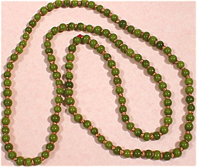 1960s Green Glass Beads (Image1)