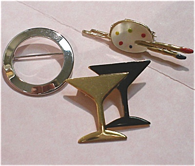 Three Unmarked Pins (Image1)