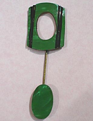 1920s/1930s Green Plastic Art Deco Bar Pin (Image1)