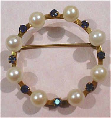 Wells 14kgf Pearl And Blue Stone Circle Pin