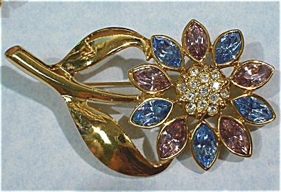 Unmarked Rhinestone Flower Pin