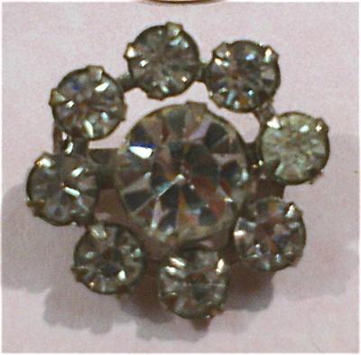 Small Rhinestone Circle Pin (Image1)