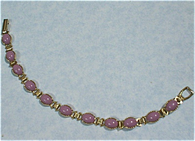 Unmarked Goldtone Bracelet with Purple Cabechons (Image1)