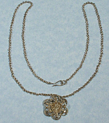 Unmarked Silver Flower Necklace (Image1)