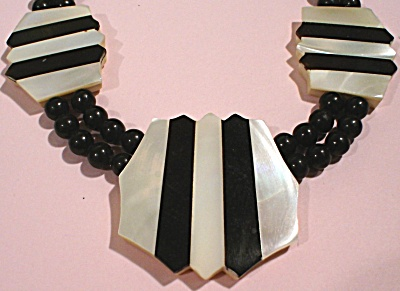 Vintage Plastic Black and Faux Pearl Necklace (Image1)