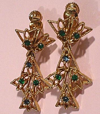 Napier Goldtone/Green Rhinestone Clip Earring (Image1)
