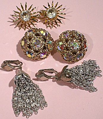 Three Pair of Sara Coventry Clip Earrings (Image1)