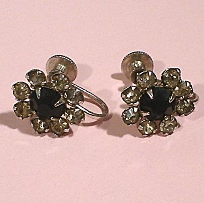 Vintage Rhinestone Screw Back Earrings (Image1)