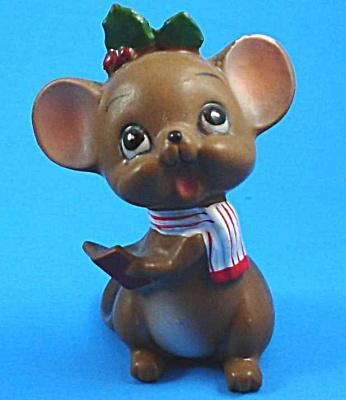 Josef Original Caroling Mouse (Image1)