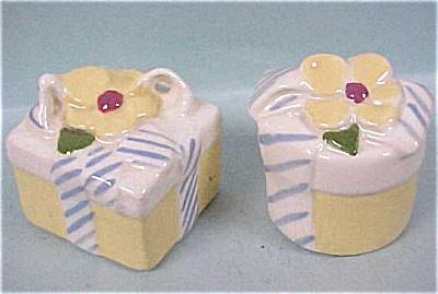Cleminsons Miniature Present S/P (Image1)