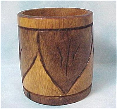 Wooden Toothpick Holder (Image1)