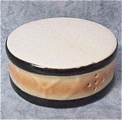 Ceramic Circus Pedistal Drum Single Salt Shaker (Image1)