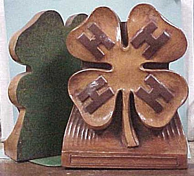 1940s/1950s Wood Composite 4-H Bookends (Image1)