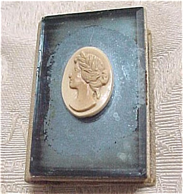Cameo Match Holder (Image1)