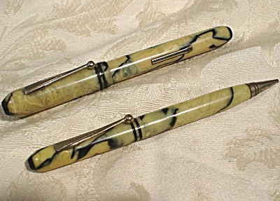 Fountain Pen And Mechanical Pencil Set