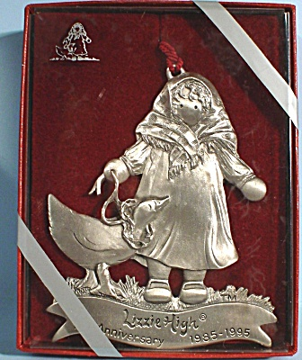 1995 Lizzie High Anniversary Ornament (Image1)