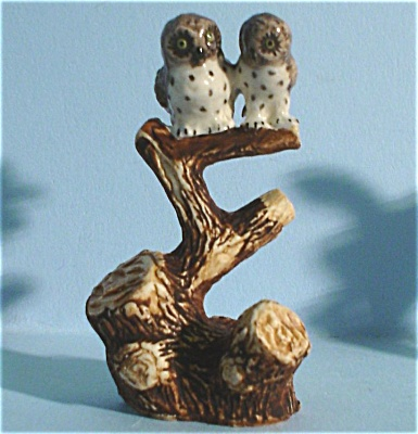 K4832a Owls on Branch (Image1)