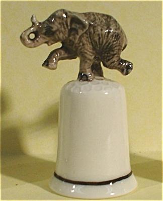 K4111d Elephant Thimble (Image1)