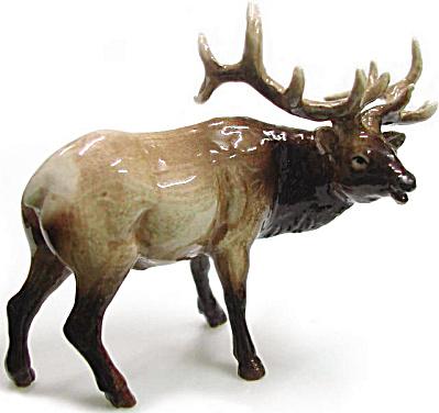 R026 Elk Gazing Left (Image1)