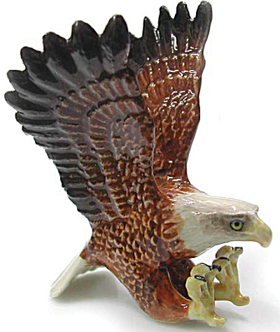 R004 Hunting Eagle (Image1)