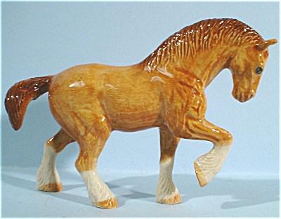 K6061a Walking Chestnut Draft Horse (Image1)