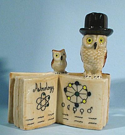 K4192a Owls on Zodiac Book (Image1)