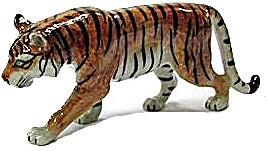 R091 Walking Tiger (Image1)