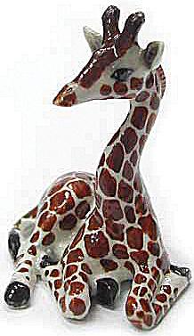 R200 Lying Baby Giraffe (Image1)