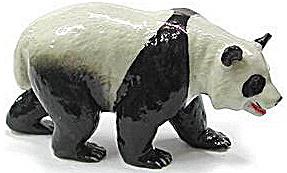 R099 Walking Panda (Image1)