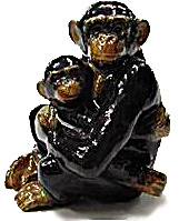 R098r Chimp with Baby (Image1)