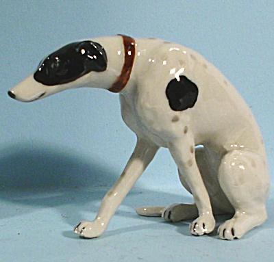 K8451 Sitting Greyhound (Image1)