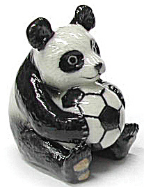 R249a Panda With Soccer Ball
