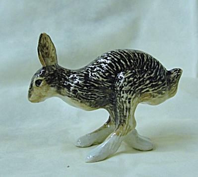 K085 Running Hare (Image1)