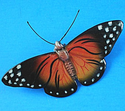 K891 Red Moth (Image1)