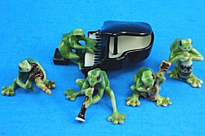 X081 Teeny Tiny Frog Band (Image1)