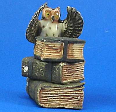 Klima K482 Owl on Antique Style Books (Image1)