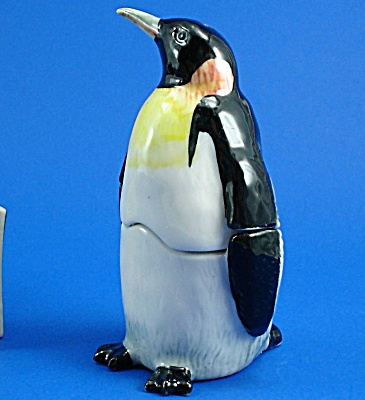 K886 Penguin Salt And Pepper Set