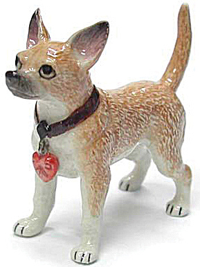 R261 Chihuahua With Heart Tag