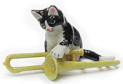 R243 Cat with Trombone (Image1)