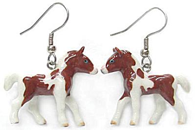 JE006 Pinto Foal Earrings (Image1)
