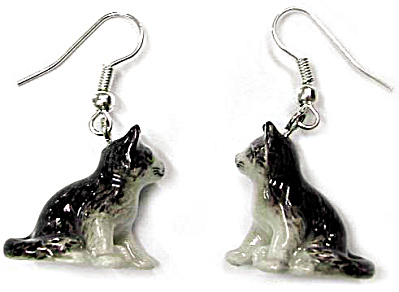 Je007 Kitten Earrings