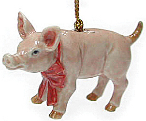 R260 Piglet With Red Bow Ornament