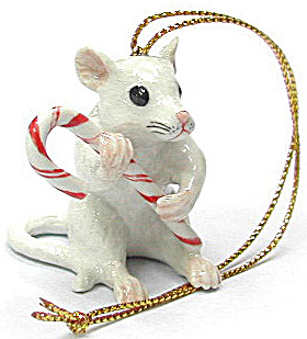 R256r White Mouse With Candy Cane Ornament