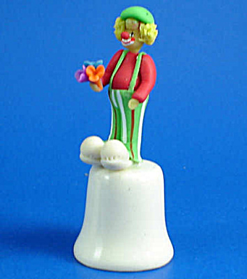 Handmade Clown on Porcelain Thimble (Image1)