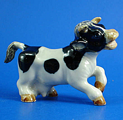 K5081 Happy Cow Running (Image1)