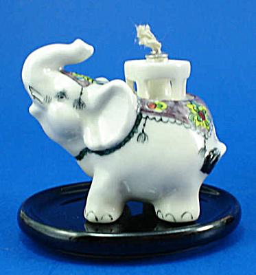 Klima K587 Miniature Elephant Oil Lamp (Image1)